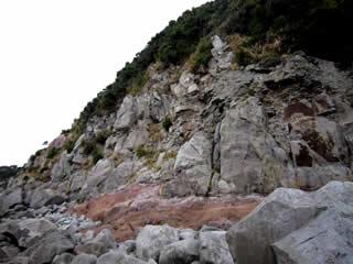 国崎安山岩