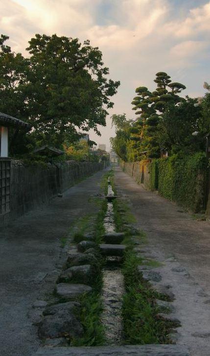 武家屋敷水路