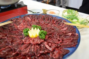 イノシシ肉のしゃぶしゃぶ