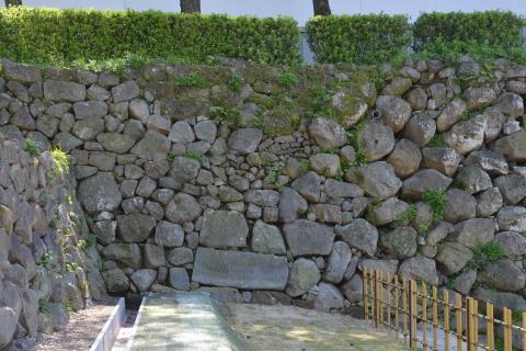 003+201408島原城の石垣「算木積みの謎」(平成26年8月号)